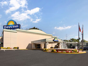 Days Inn Gateway DC